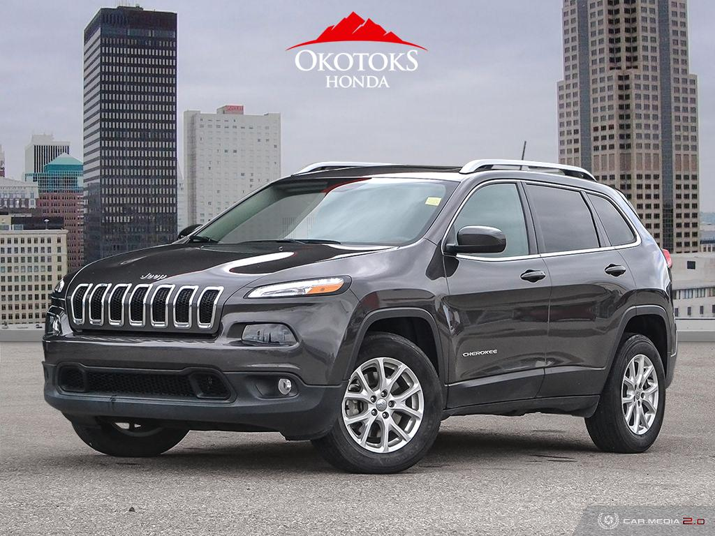 Pre-Owned 2018 Jeep Cherokee 4x4 North
