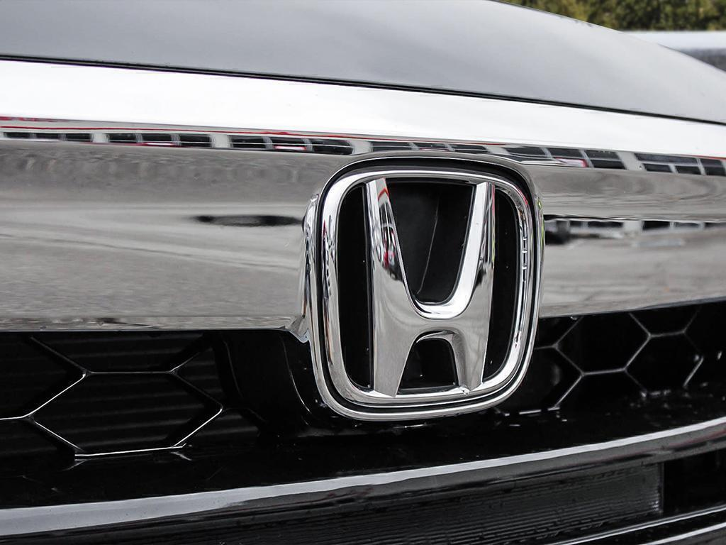 New 2019 Honda Accord Sedan Touring CVT
