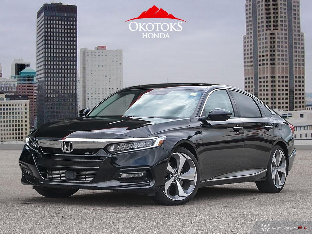 Pre-Owned 2019 Honda Accord Sedan 2.0 Touring 10AT