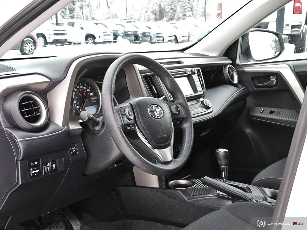 Pre-Owned 2013 Toyota RAV4 AWD XLE