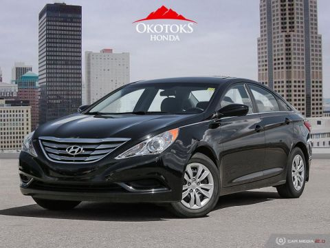 Pre-Owned 2013 Hyundai Sonata GL at